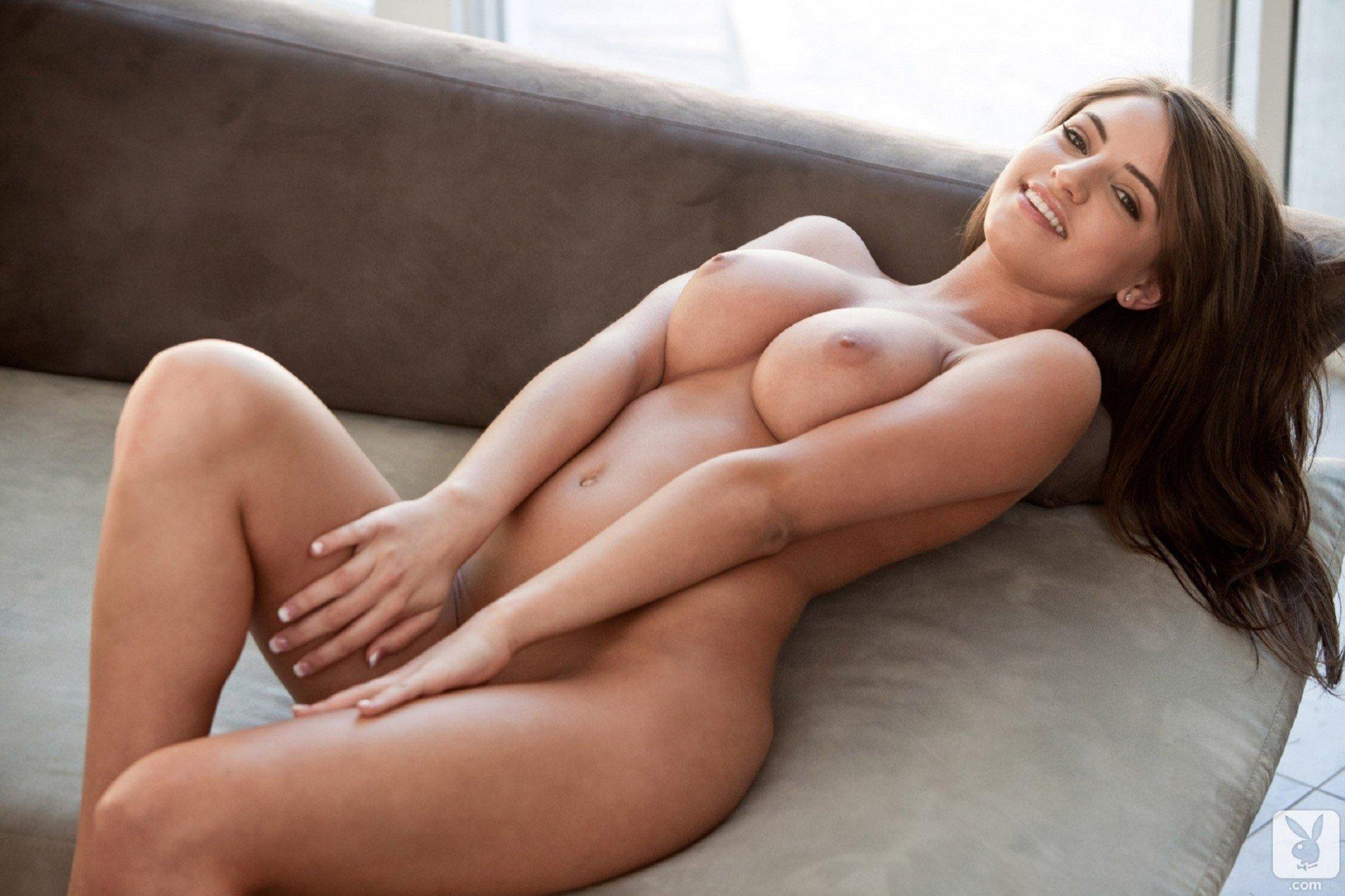 sexy-boobs-gros-seins-fille-nue